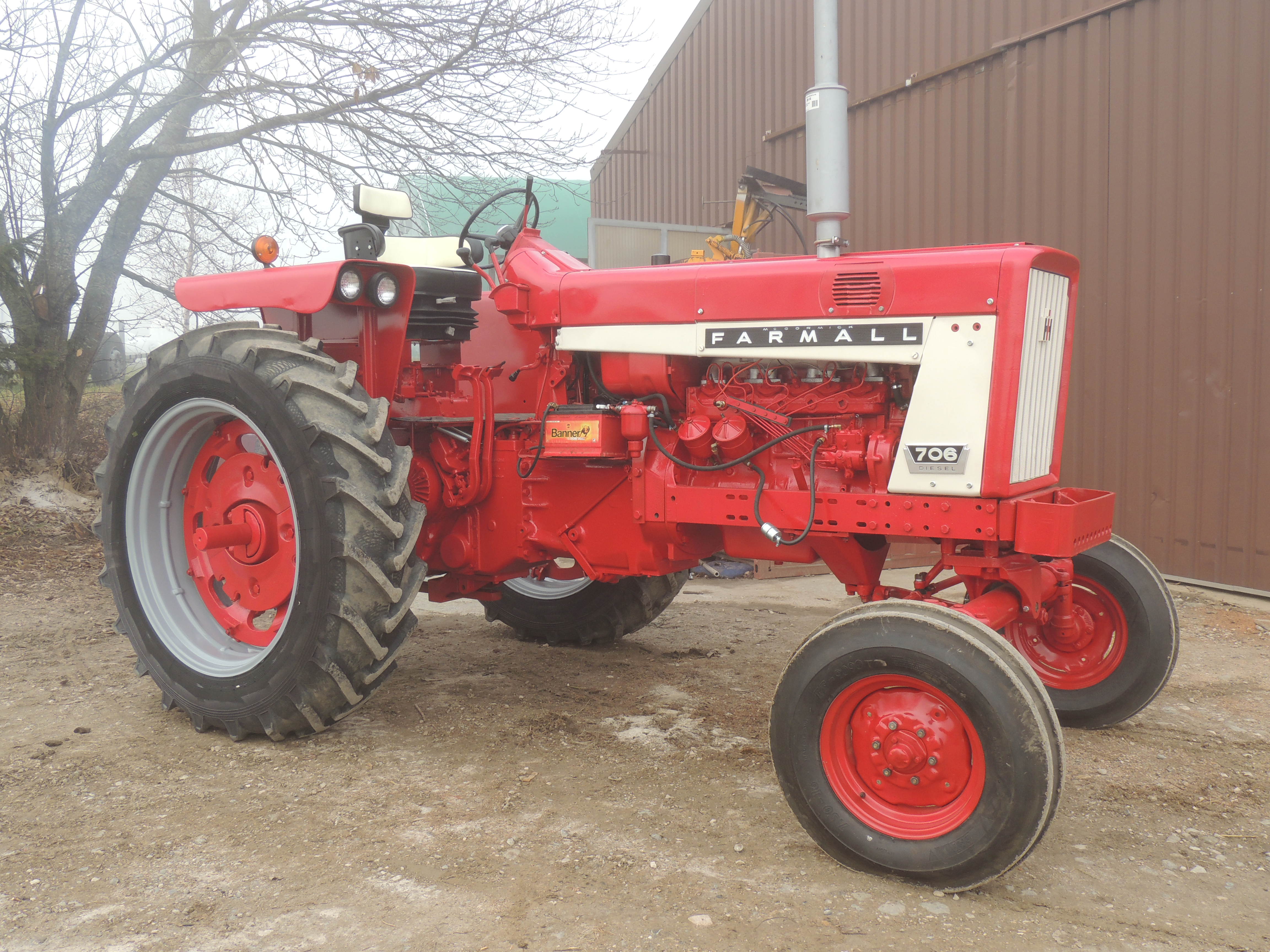 Farm All Tractor : Tractor story farmall to ford antique