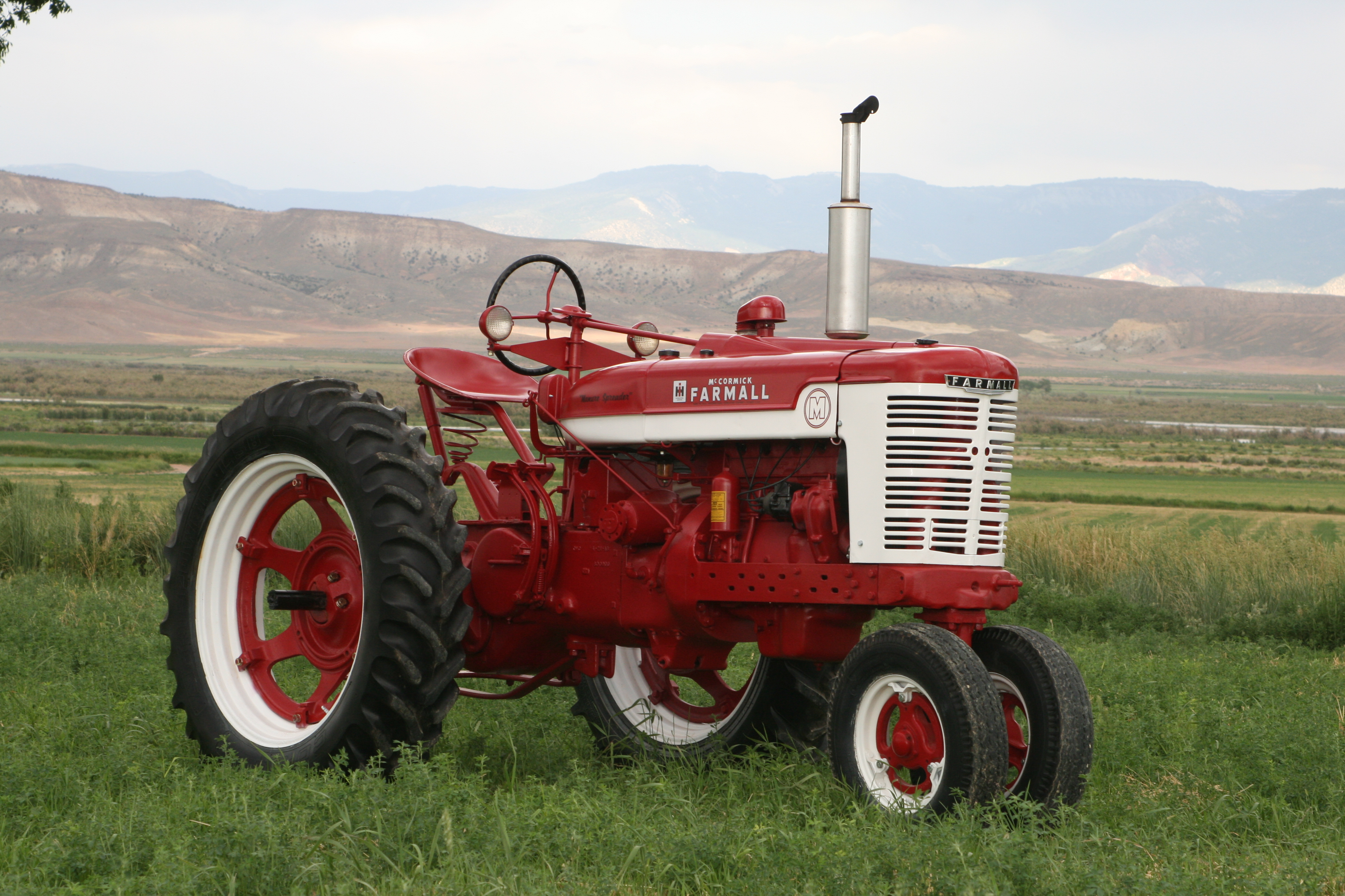 Mysteries Revealed – Farmall v. International Tractors