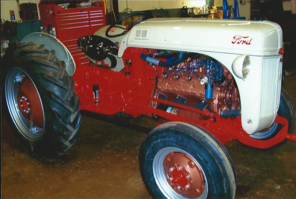 V8 Ford 8N