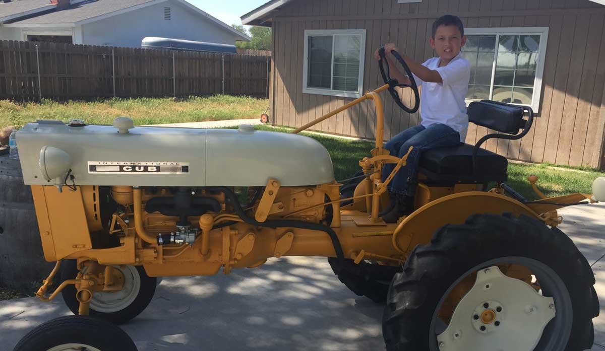 Farmall Cub Restoration - Antique Tractor Blog