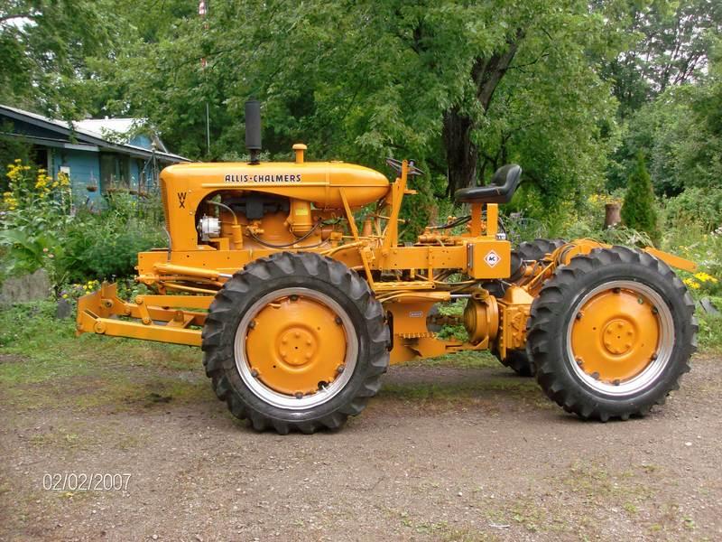 WX Allis-Farmall Skidder - Antique Tractor Blog