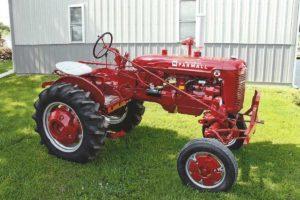 FL - Paquette's Farmall Museum Annual Tractor Show